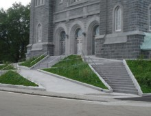 Parvis St-Ignace-de-Loyola